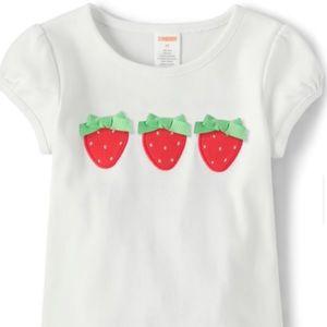 Baby girls 👧 Gymboree strawberry 🍓 shirt.